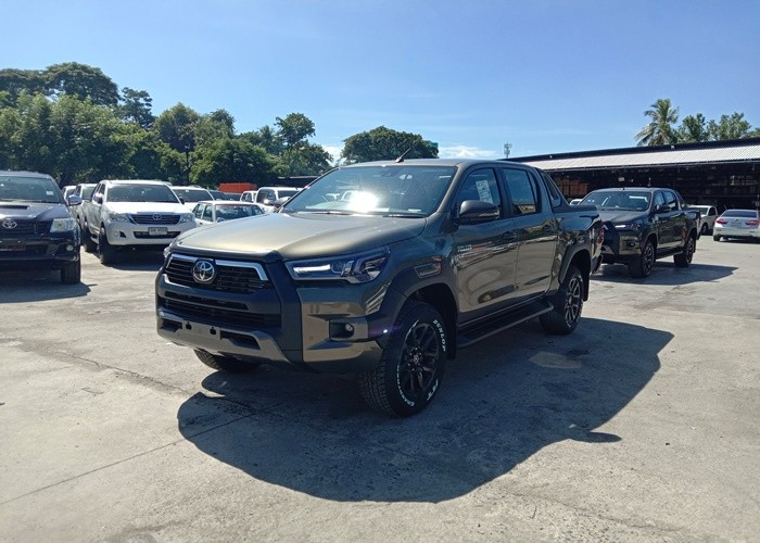 Used 9                      TOYOTA                                            for Sale